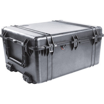 Pelican Products Pelican 1690 Transport Case With Foam- Black