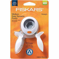 Fiskars Squeeze Punch Medium Seal Of Approval