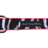 Chief Furry Officer 90210 Dog Leash Color: Red, Size: 0.75