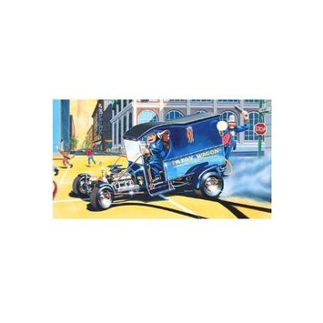 Monogram Paddy Wagon Plastic Model Kit with Figures MONS4194