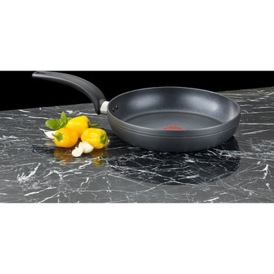 T-fal Matisse Hard Anodized Frying Pan Size: 3.25