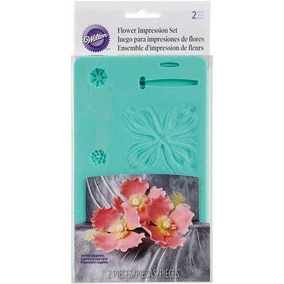 Wilton Flower Impression Mold, 2Pc.