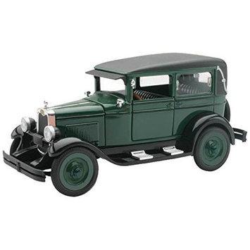 1928 Chevrolet Imperial Lanau 4 Door 1:32 Scale by Newray NRYV5173 New Ray