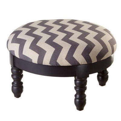 Cc Home Furnishings 19.25 Bold Off-White and Grey Chevron Design Upholstered Foot Stool Ottoman