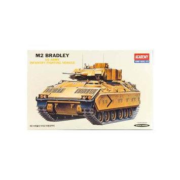 ACADEMY PLASTICS 1335 1/35 M2 Bradley IFV
