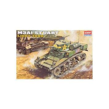 ACADEMY PLASTICS 1398 1/35 M3A1 Stuart Light Tank