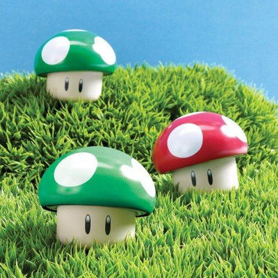 Super Mario Bros. Sour Candy Mushroom Tin