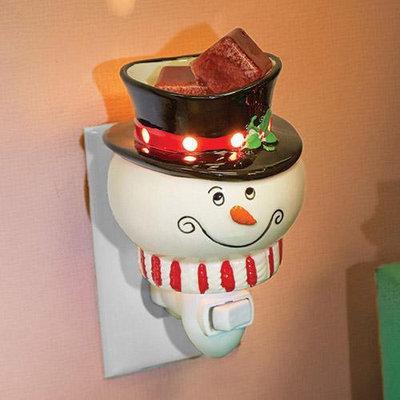 A Cheerful Candle CM15 Snowman