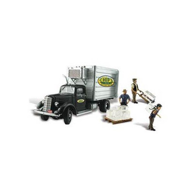 Design Preservation Models AS5557 Chips Ice Truck HO Multi-Colored