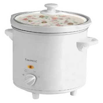 Continental Electric 4 qt. Oval Slow Cooker CE33341
