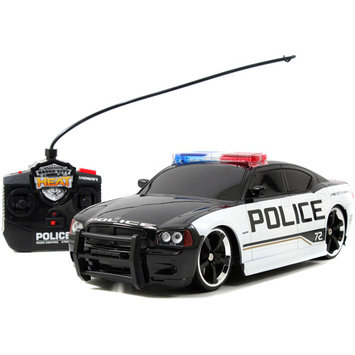 Jada Toys, Inc. Heat 1:16 2006 Dodge Charger Remote Control Car with Lights and Sounds