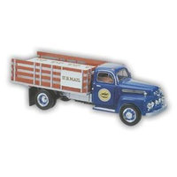 Warehouse36 1/25 1951 USPS Stake Truck with Display Stand