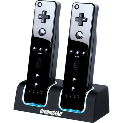 dreamGEAR DGWII-3117 Dual Charging Dock for Nintendo Wii