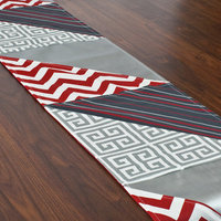 Chooty & Co. Red White and Grey Triangle Pieced Runner (1' x 5'6)