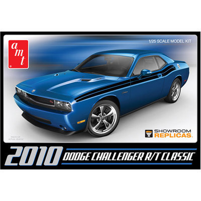 Round 2 Dodge Challenger 2010 Classic Model Kit