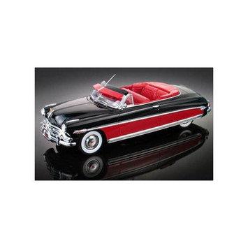 Moebius Models 1952 Hudson Hornet Convertible 1:25 Scale Model Kit