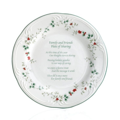 Pfaltzgraff Winterberry Friends & Family Cookie Plate