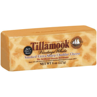 Tillamook Smoked Extra Sharp Cheddar Cheese 8 Oz Chunk