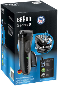 3Series Braun Series 3 3050cc Electric Shaver with Cleaning Center