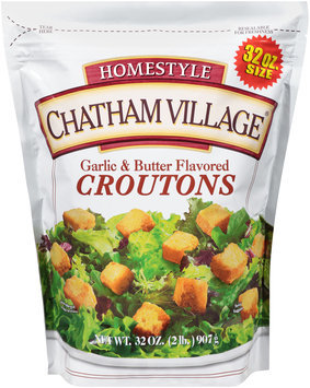 Chatham Village® Homestyle Garlic & Butter Flavored Croutons 32 oz. Bag
