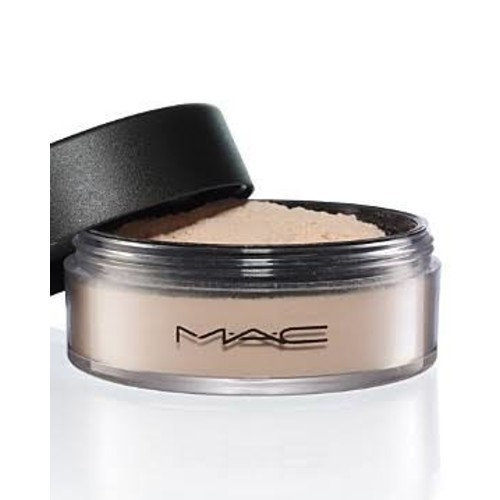 mac select sheer loose powder nc25