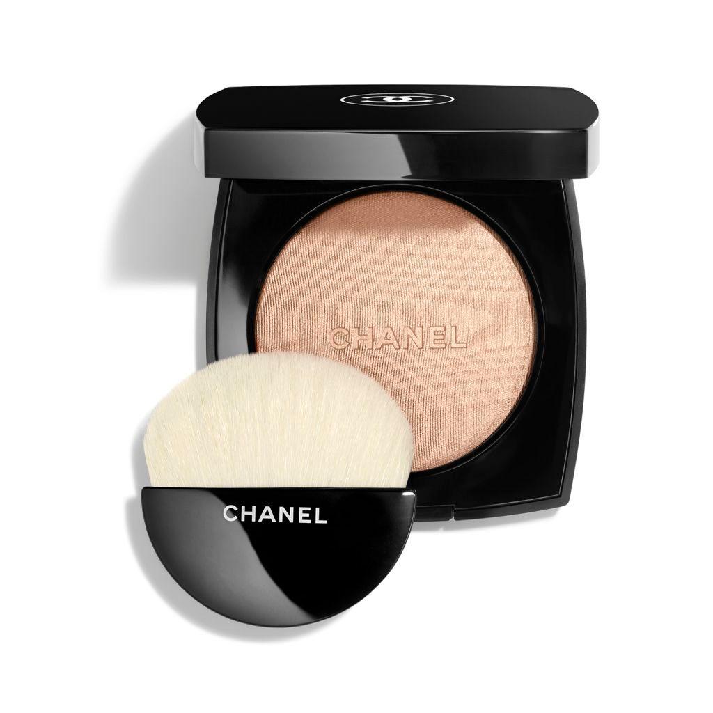 CHANEL Poudre Lumière Illuminating Powder