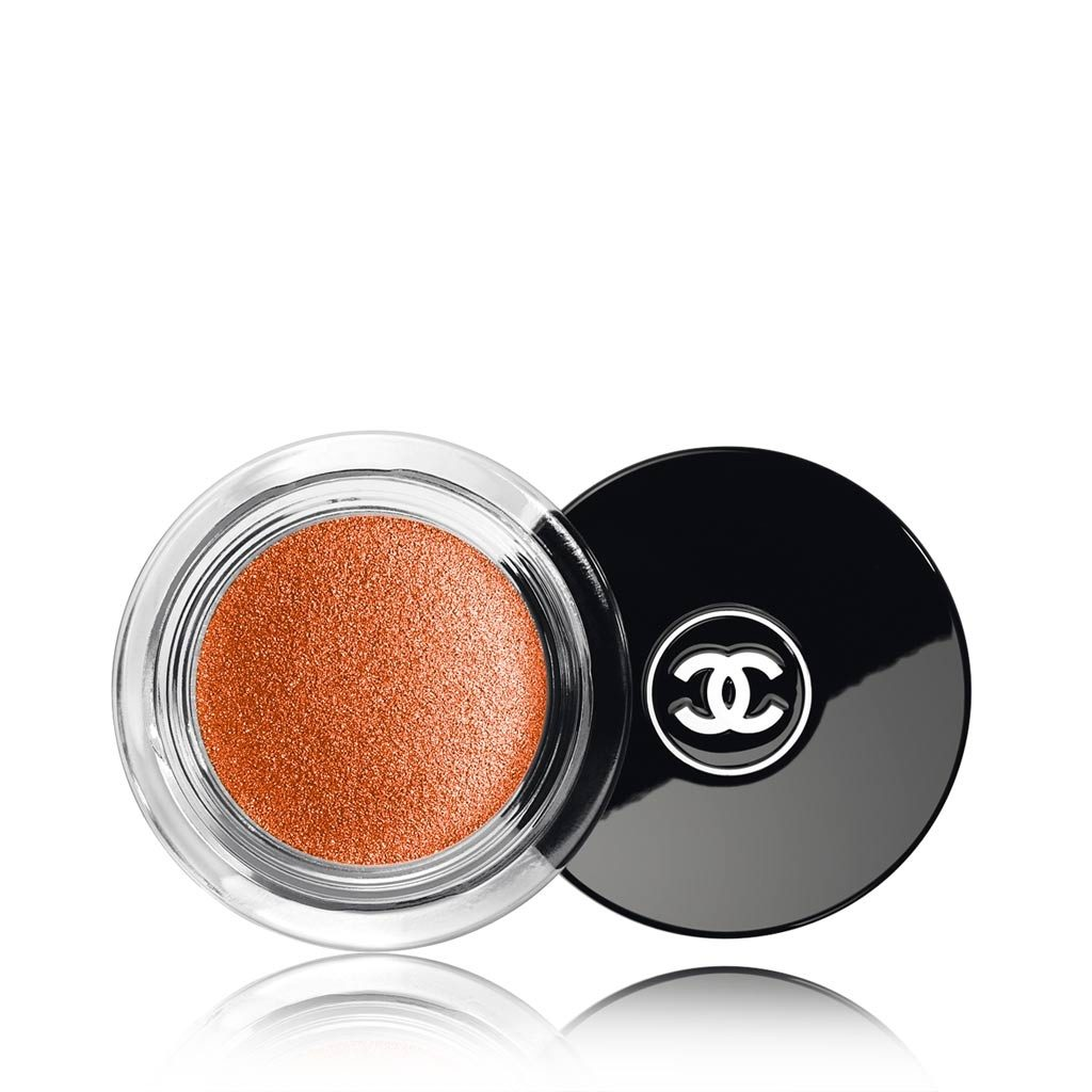 CHANEL Illusion D'Ombre Long Wear Luminous Eyeshadow