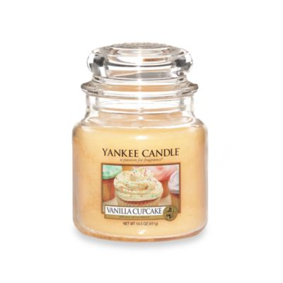 Yankee Candle Housewarmer Vanilla Cupcake Medium Classic Candle Jar