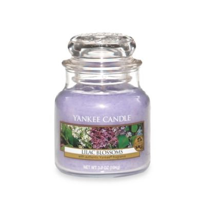 Yankee Candle Lilac Blossoms Small Classic Jar Candle