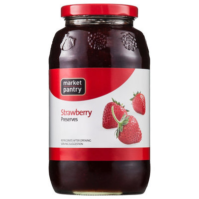 Market Pantry Strawberry Preserves - 32 oz.