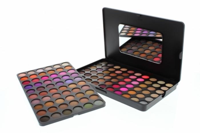 BH Cosmetics 120-color 5th Edition Eyeshadow Palette