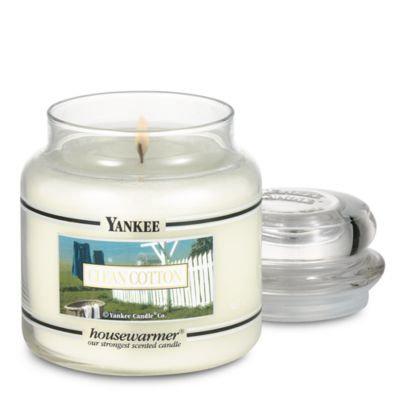 Yankee Candle Housewarmer Clean Cotton Medium Classic Candle Jar