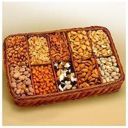 Gift Basket Snackers Celebration Snack Tray- 820512