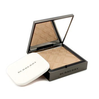 Burberry Sheer Foundation Luminous Compact Foundation - Trench No. 06 8g/0.28oz