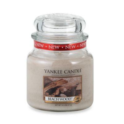 Yankee CandleA HousewarmerA Beach Wooda ¢ Medium Classic Candle Jar