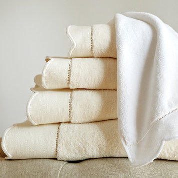 Peacock Alley Overture Towel Set