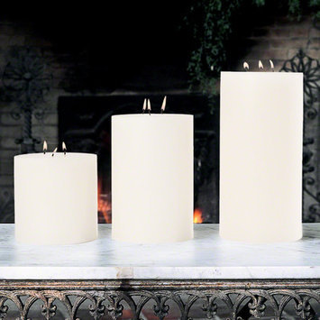 Global Views Unscented 3 Wick Pillar Candle Size: 5