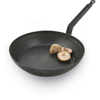 Paderno World Cuisine 9-1/2in Black Steel Fry Pan