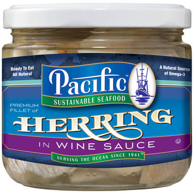 Pacific Sustainable Seafood Premium Fillet of Herring in Wine Sauce