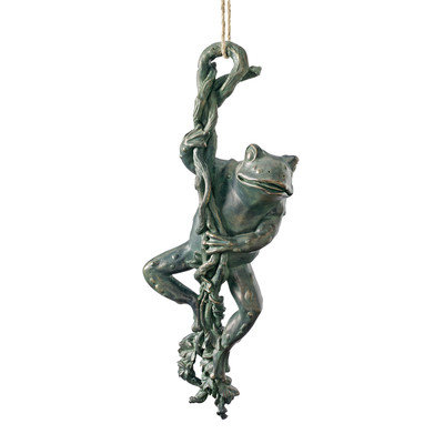 Design Toscano The Daring, Dangling Frog Statue