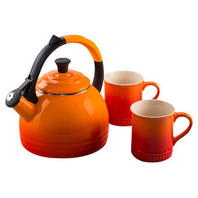 Le Creuset Of America Le Creuset 1.7 Qt. Peruh Kettle and Mug Set - Flame