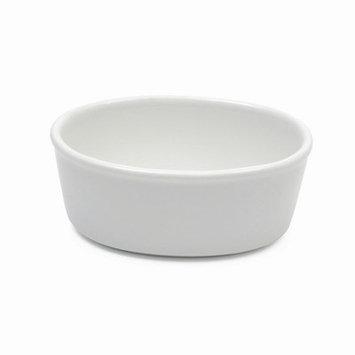 Maxwell & Williams White Basics Oval Pie Dish Size: 5.5