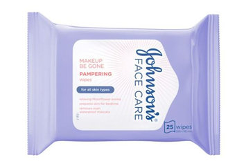 Johnson's® Face Care Makeup Be Gone Pampering Wipes