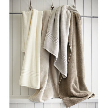 Peacock Alley Chelsea Hand Towel Color: Ivory