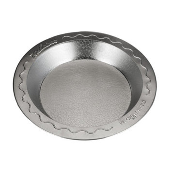 Doughmakers 9-In. Pie Pan With Crust Protector