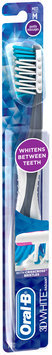 3D White Oral-B 3D White Radiant Whitening Toothbrush 40 Medium 1 Count