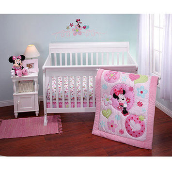 Disney - Minnie Sitting Pretty Crib Bedding Collection - Value Bundle