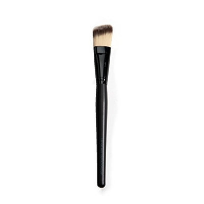 Beauty Pro Series Slant Foundation Brush