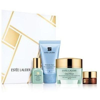 Estee Lauder Even Skintone Essentials with Travel-Size Daywear in A Cosmetics Bag