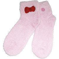 Earth Therapeutics Hello Kitty Aloe Socks - Pink